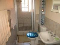 Bathroom 2 - 8 square meters of property in Annlin