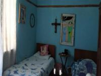 Bed Room 1 of property in Graaff Reinet