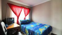 Bed Room 1 - 11 square meters of property in Andeon