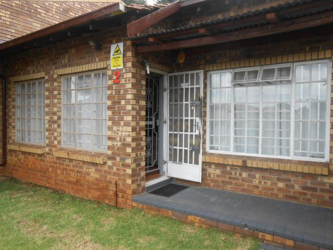 Standard Bank EasySell House for Sale For Sale in Bezuidenhout Valley - MR182163