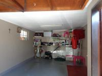 Spaces - 7 square meters of property in Bezuidenhout Valley