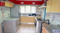 Kitchen - 19 square meters of property in Reservoir Hills KZN
