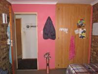 Bed Room 1 - 11 square meters of property in Boltonia