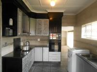 Kitchen - 16 square meters of property in Randfontein
