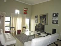 Lounges - 20 square meters of property in Edenvale
