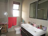 Main Bathroom - 7 square meters of property in Edenvale