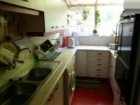 Kitchen - 9 square meters of property in Val de Grace