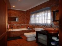 Bathroom 1 of property in Ermelo