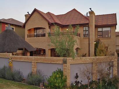 3 Bedroom House for Sale For Sale in Kempton Park - Private Sale - MR18300