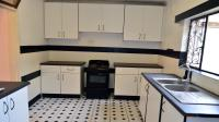 Kitchen - 12 square meters of property in Mount Vernon