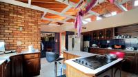Kitchen - 28 square meters of property in Kameeldrift West