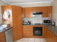 Kitchen - 11 square meters of property in Boskruin