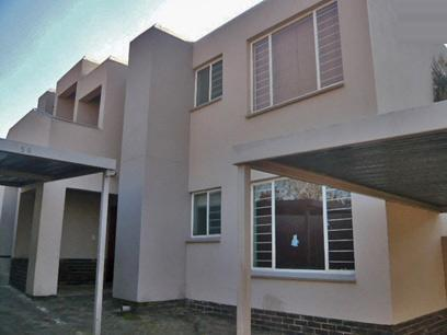 2 Bedroom Simplex for Sale For Sale in Midrand - Home Sell - MR18386