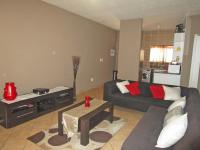 Lounges - 20 square meters of property in Naturena