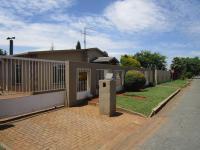 3 Bedroom 2 Bathroom House for sale in Randgate