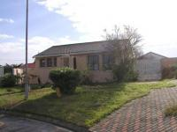 2 Bedroom 1 Bathroom in Protea Park