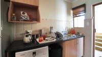 Kitchen - 11 square meters of property in Montana Tuine