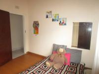 Bed Room 1 - 13 square meters of property in Wilropark