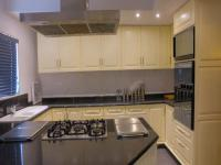 Kitchen - 29 square meters of property in Lincoln Meade
