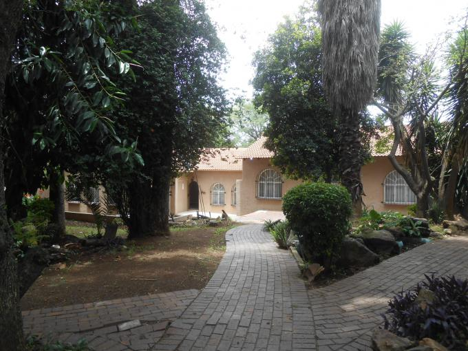 Standard Bank EasySell 4 Bedroom House for Sale For Sale in Kew - MR184473