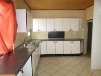 Kitchen - 30 square meters of property in South Hills