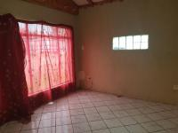 Dining Room - 21 square meters of property in South Hills