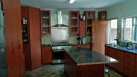 Kitchen - 21 square meters of property in West Acres