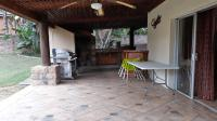 Patio - 89 square meters of property in West Acres