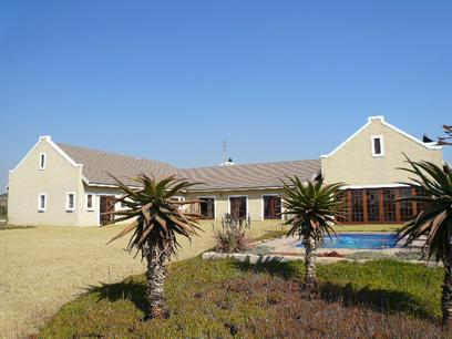 4 Bedroom House for Sale For Sale in Grootfontein - Home Sell - MR18497