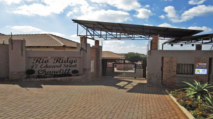 Standard Bank EasySell 3 Bedroom Cluster for Sale For Sale in Krugersdorp - MR185026