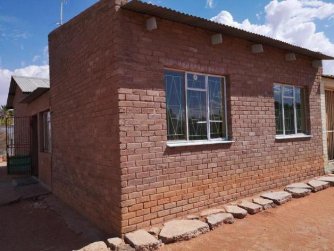 Standard Bank EasySell 3 Bedroom House for Sale in Upington - MR185503