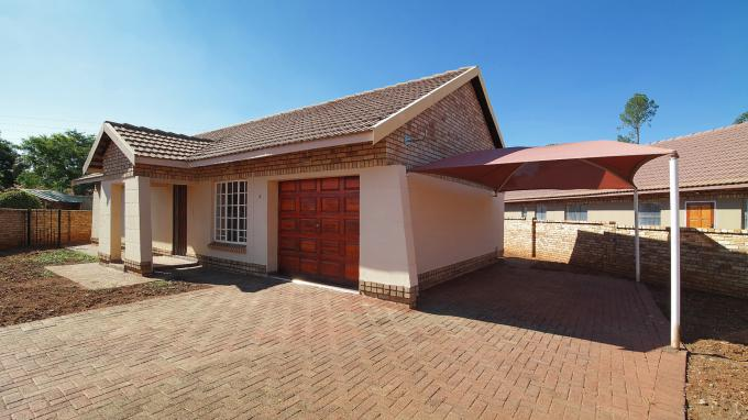 3 Bedroom House for Sale For Sale in Waterval East - Private Sale - MR185561
