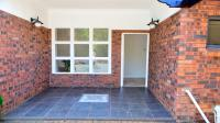 Patio - 56 square meters of property in Winston Park