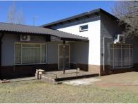 3 Bedroom 2 Bathroom House for Sale for sale in Trompsburg