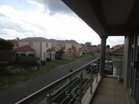 Balcony - 23 square meters of property in Brakpan