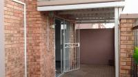 2 Bedroom 1 Bathroom Flat/Apartment for Sale for sale in Bloemfontein