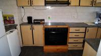 Kitchen - 7 square meters of property in Bluff