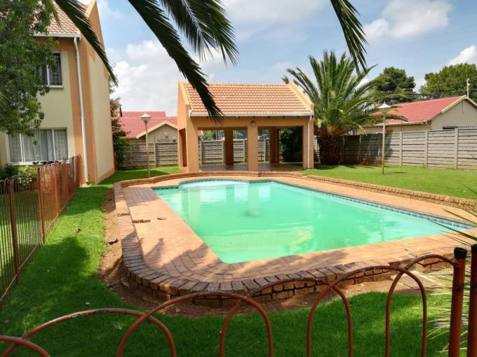 2 Bedroom Simplex for Sale For Sale in Germiston South - MR188642