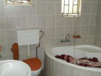 Bathroom 2 of property in Brakpan