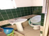 Bathroom 2 - 6 square meters of property in Judiths Paarl