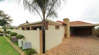 3 Bedroom 2 Bathroom House for Sale for sale in Rooihuiskraal North