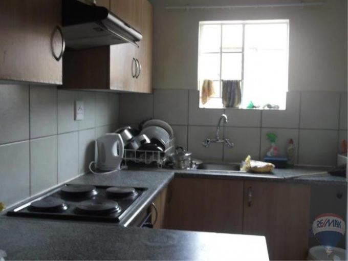 2 Bedroom Apartment for Sale For Sale in Kempton Park - MR189677
