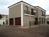3 Bedroom 2 Bathroom Simplex for Sale for sale in Hoeveldpark