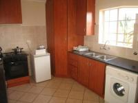 Kitchen - 10 square meters of property in La Montagne
