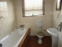 Bathroom 1 - 4 square meters of property in Goudrand