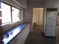 Kitchen - 34 square meters of property in Roodekrans