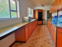 Kitchen of property in Bayswater