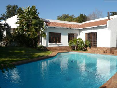 4 Bedroom House For Sale in Waterkloof Ridge - Private Sale - MR19242