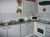 Kitchen - 8 square meters of property in Marlands