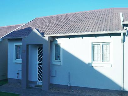 2 Bedroom Simplex for Sale For Sale in Modderfontein - Private Sale - MR19250